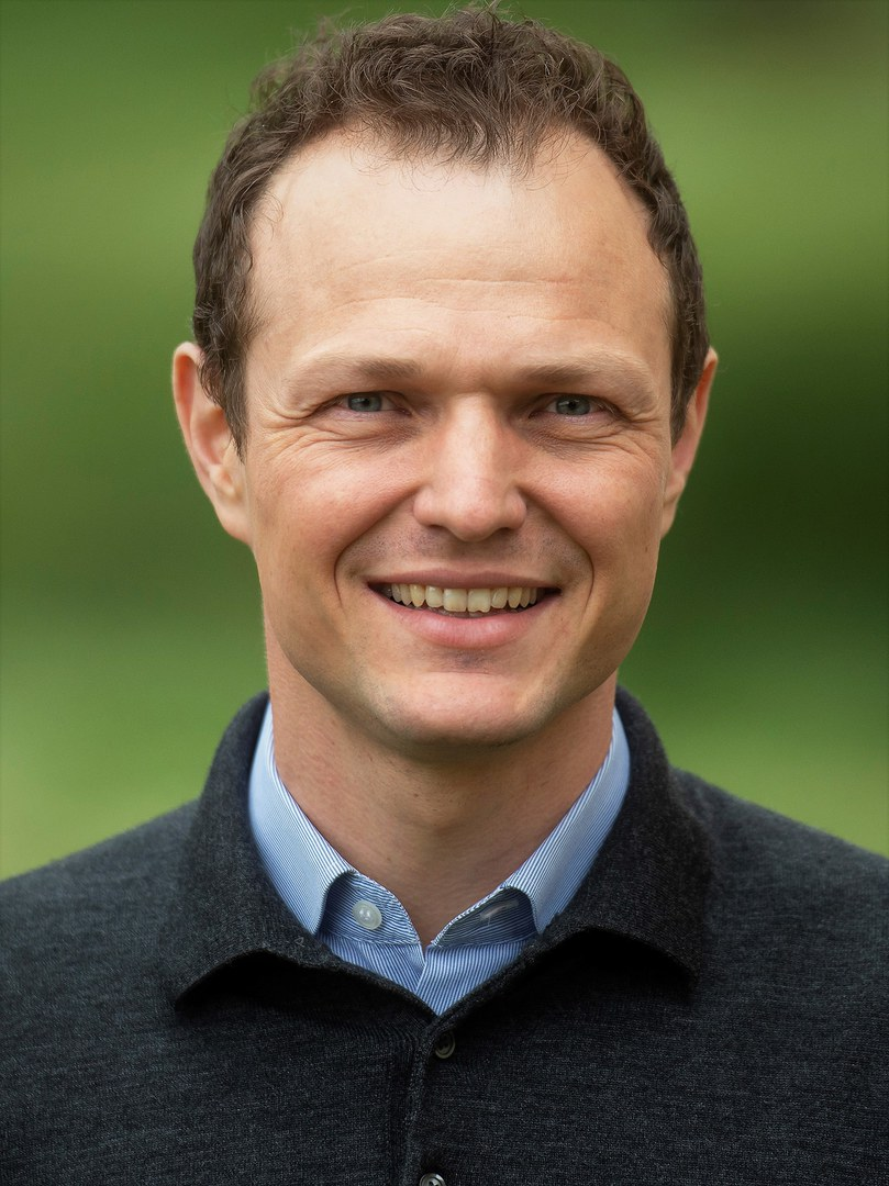 Prof. Dr. Moritz Kuhn