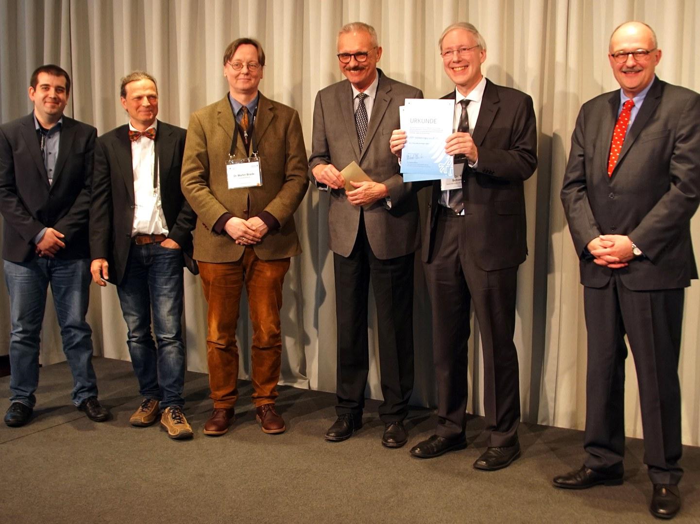 Auszeichnung (von links):