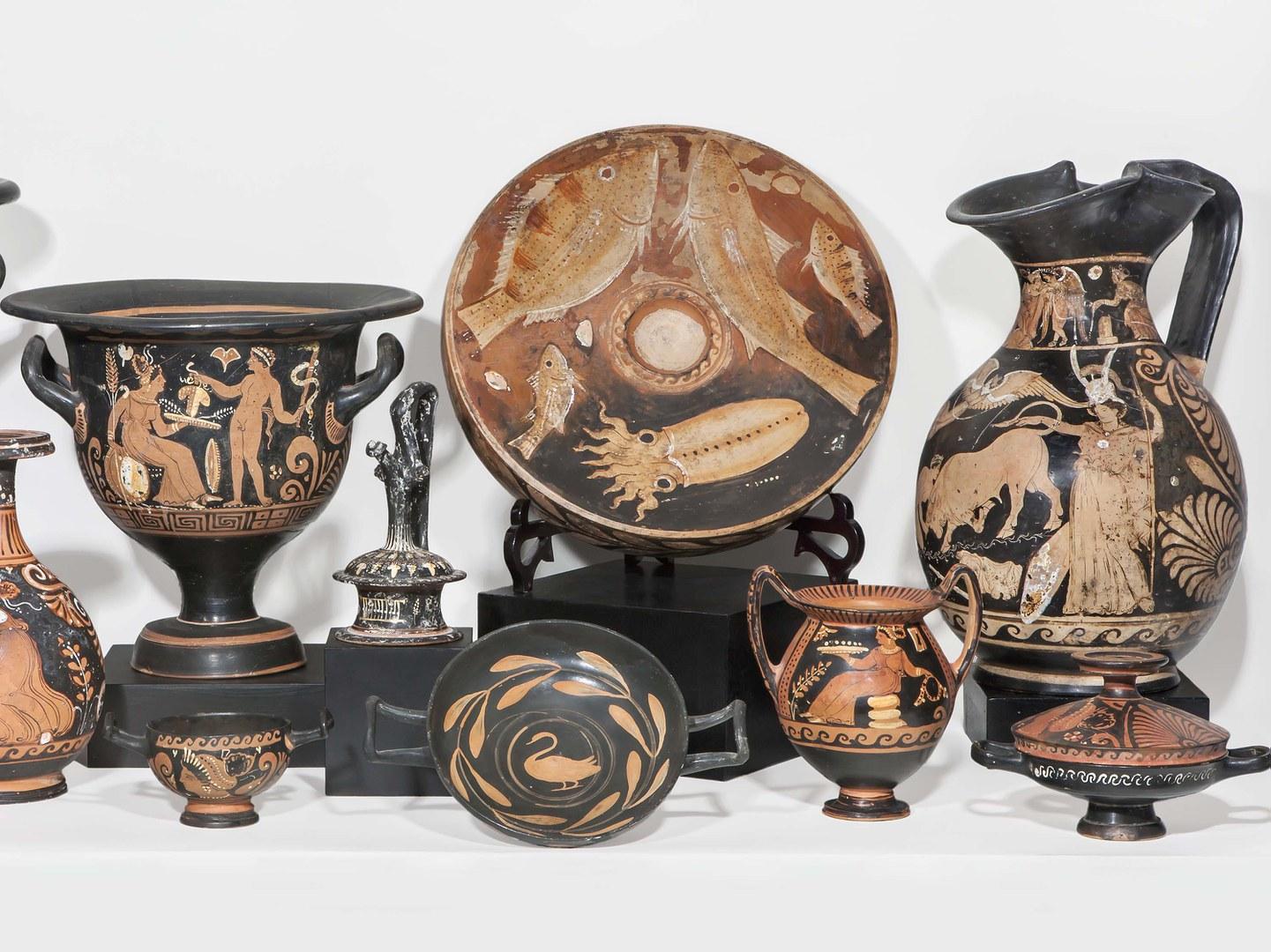 Antike Tongefäße aus der Sammlung Schiffer
