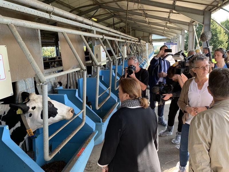 Zum Auftakt der Sommertour besuchte Ministerin Ursula Heinen-Esser