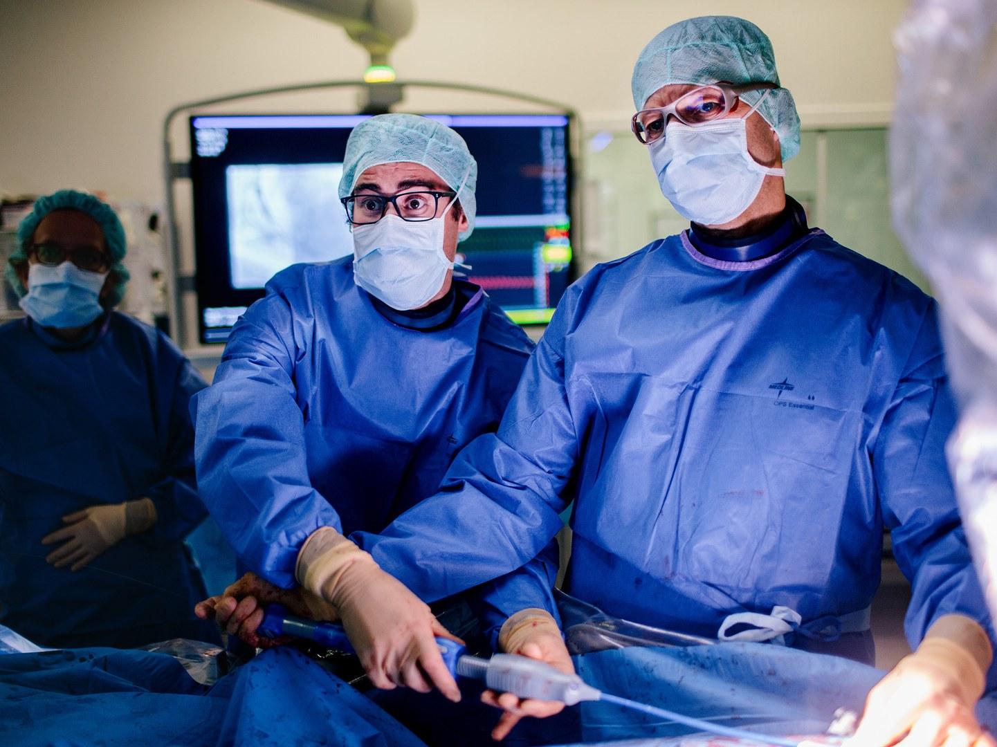 Prof. Dr. Georg Nickenig (rechts) und Dr. Marcel Weber