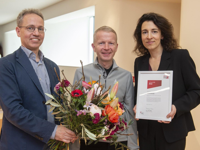 """Hertie-Stiftung verlieh Bruno Schmidt und seinem Verein """"ALS – Alle Lieben Schmidt e.V."""" den Hertie-Preis für Engagement und Selbsthilfe:"""