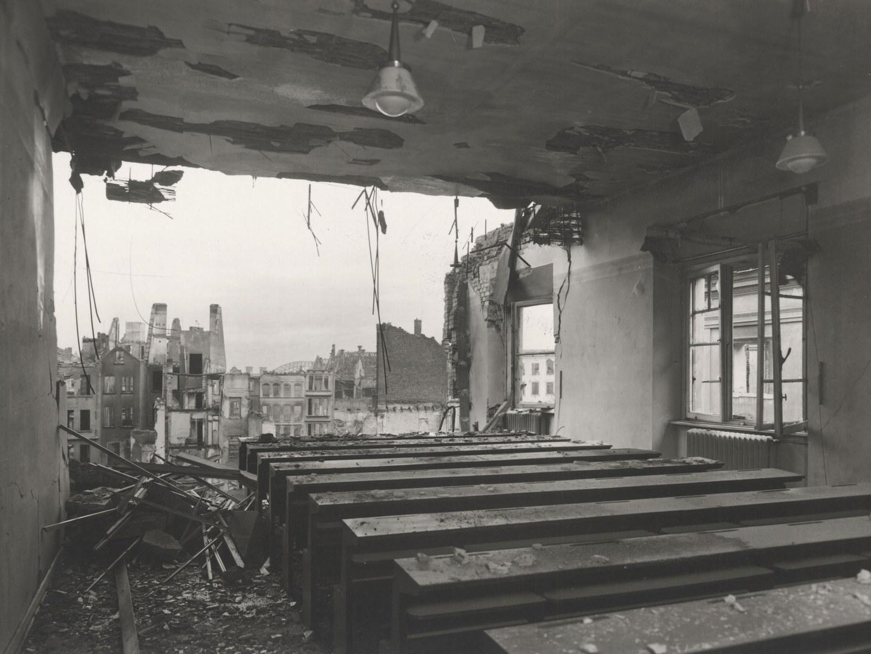 Der fast komplett weggesprengte Hörsaal im Hauptgebäude