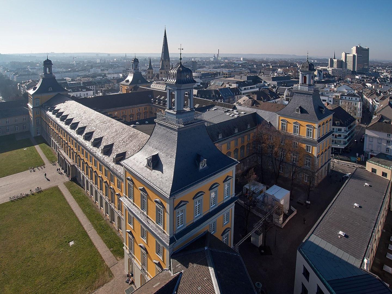 Hauptgebäude der Uni Bonn