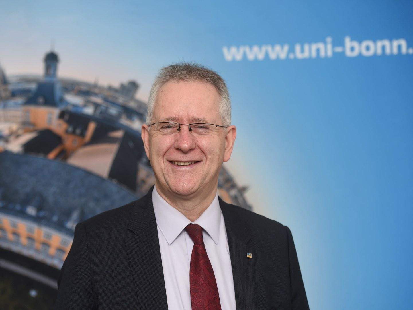 Rektor Prof. Dr. Dr. h.c. Michael Hoch zum Hochschulmanager 2019 nominiert. Foto: Barbara Frommann/Uni Bonn
