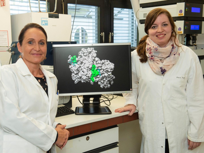 Prof. Dr. Diana Imhof (left) and Marie-Thérèse Hopp