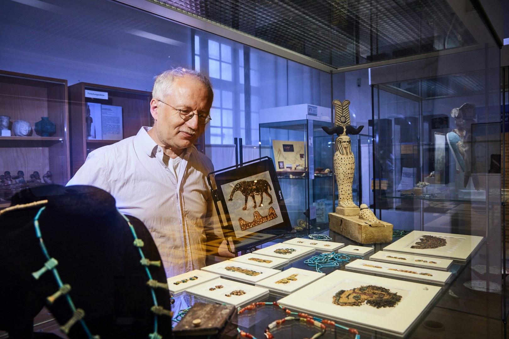 Prof. Dr. Ludwig D. Morenz