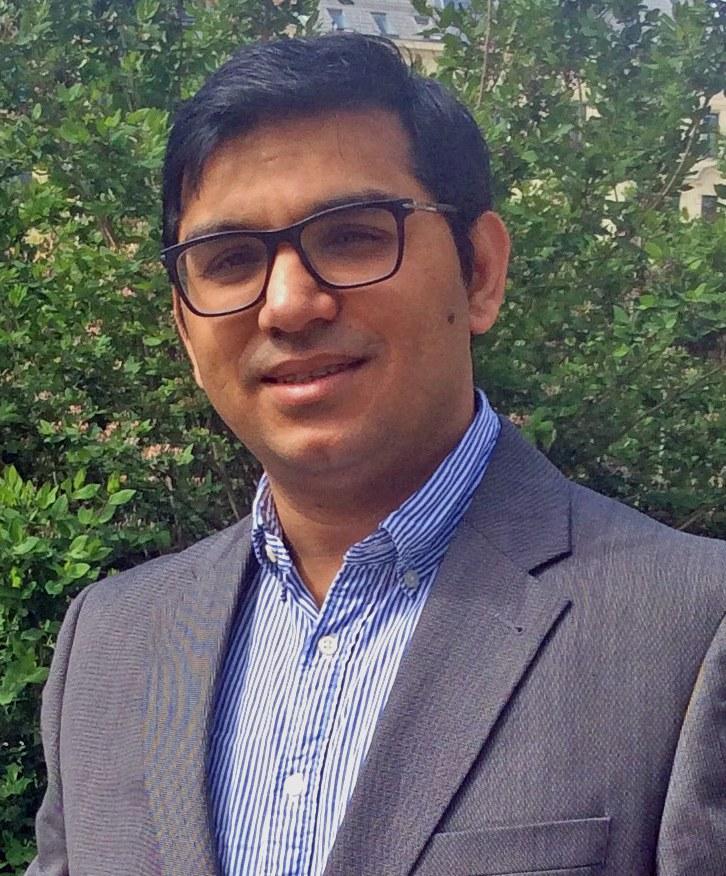 Dr. Shahid Siddique