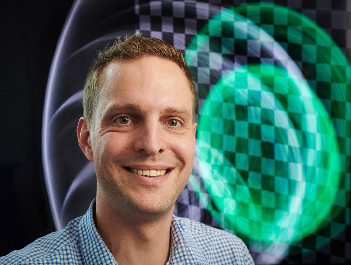Professor Matthias Hullin from the University of Bonn.