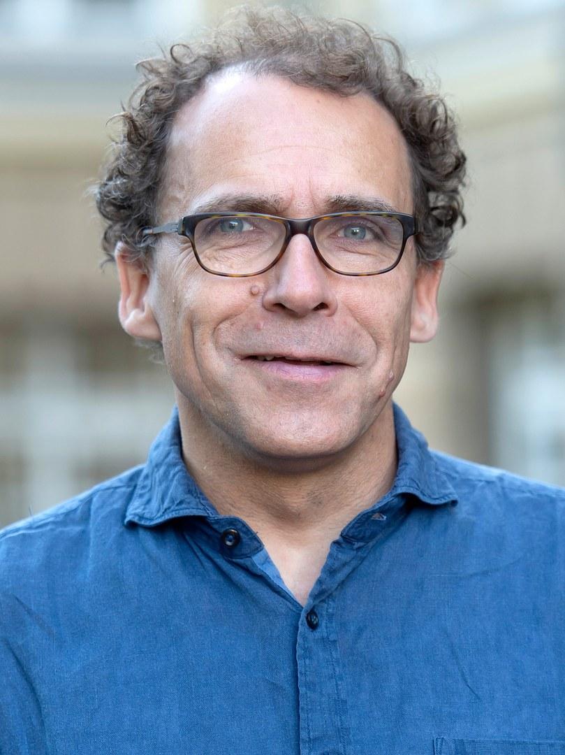 Prof. Dr. Daniel Huybrechts